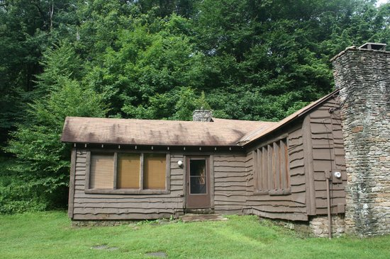 Seven Springs Mountain Resort: master bedroom from outside warning major blackflies to deal with!