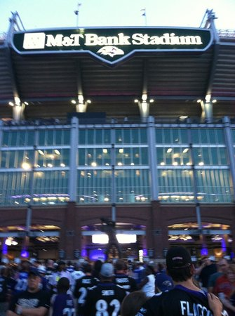 M&T Bank Stadium: entrance