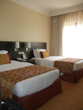 Courtyard by Marriott Rome Central Park: Standard room w/ 2 twins