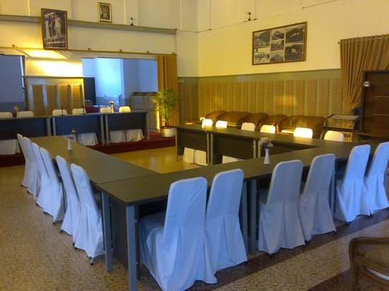Bukit Menumbing : Meeting place, used by 1st President, Soekarno
