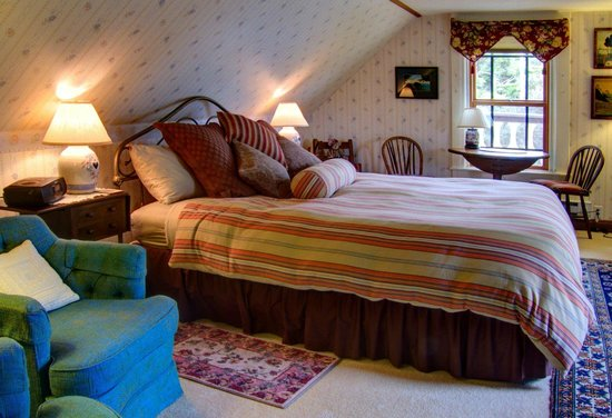 Guest room accommodations at Blanchard House Inn