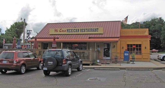 Franklin, Carolina del Norte: Mi Casa, great food.  Former Capt. D's building.