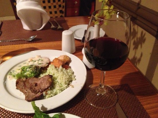Crowne Plaza Panama: dinner buffet