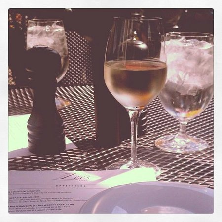 Zees Grill: My wine, the Zee's Menu, and the sunshine!