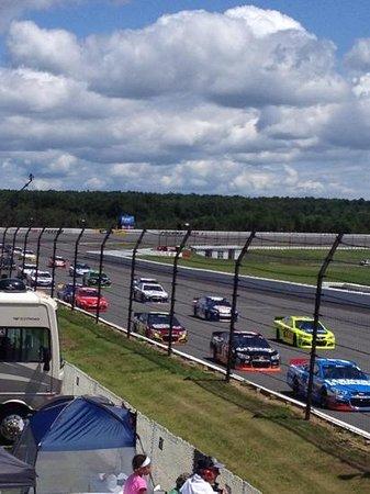 Pocono Raceway: racing off turn 2