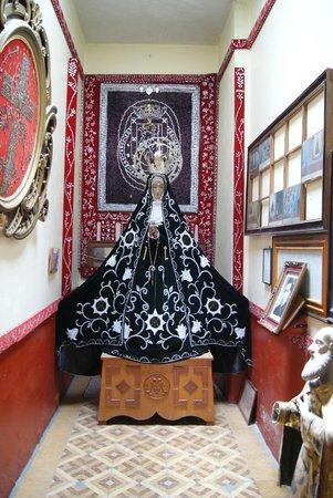 Basílica de la Soledad: La Virgen de la Soledad