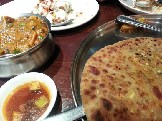 Vegetable curry with paratha - Picture of Saras, Pure