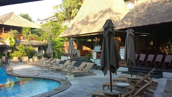 Ramayana Resort & Spa: Bar and Pool # 2