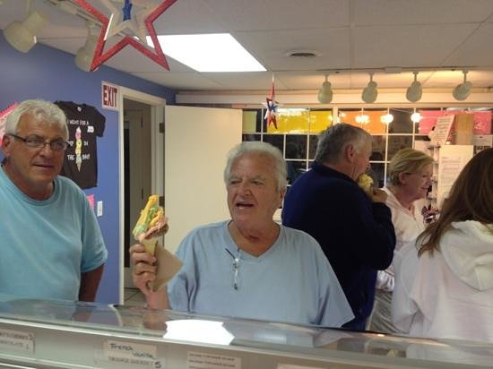 Dip in the Bay: happy customers makes a happy store