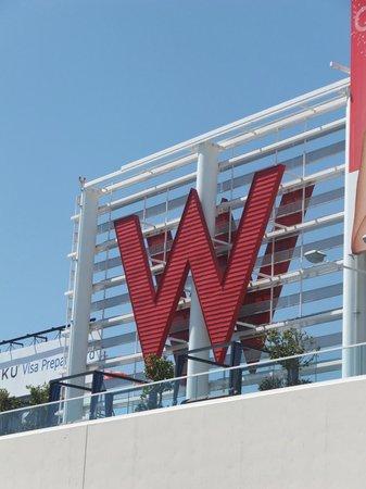 W Hollywood: W