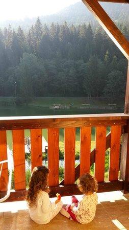 Rezort Apartmany Hrabovo : lake view balcony