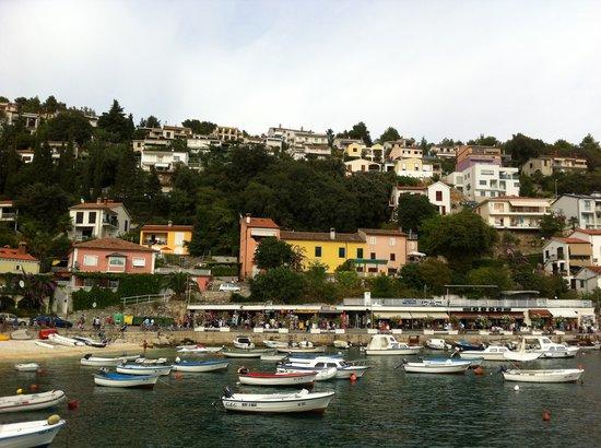 Sunrise Girandella Villas: Rabac promenade et port