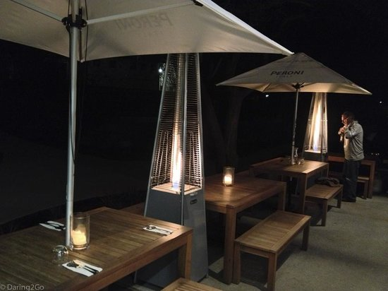 Francesca's Kitchen : Outdoor seating area - a tad cold for us!