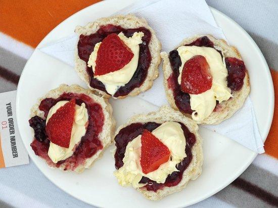 Barricane Beach Cafe: Cream Tea Heaven