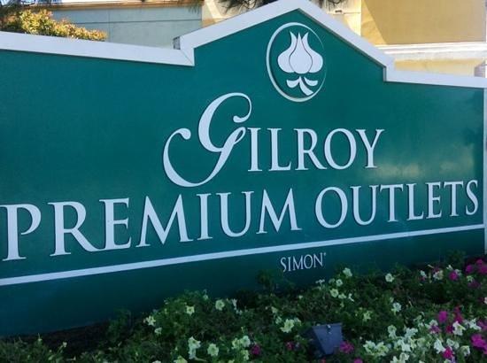 Gilroy Premium Outlets: Garlic Capital