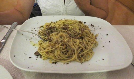 Antica Cantina: spaghetti al tartufo