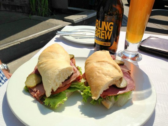 CNR Cafe : The pastrami sandwich with a Slow Brew craft beer