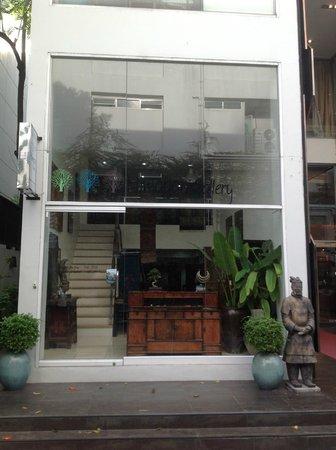 Himapan Gallery