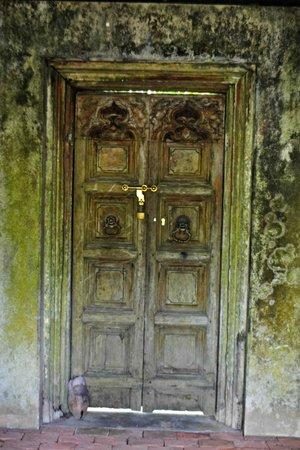 Nisala Arana: The Doctor's House