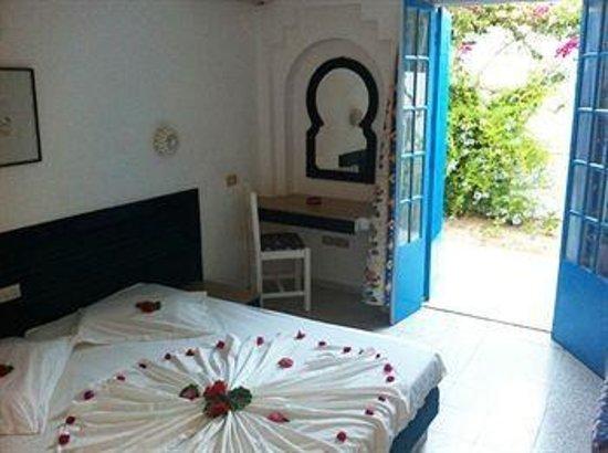Mezraia, Tunisia: Chambre de l'hotel a notre arrivée
