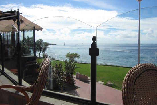 Iberostar Grand Hotel Salome: View from pool bar