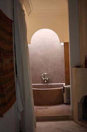 Riad Hayati: Bathroom