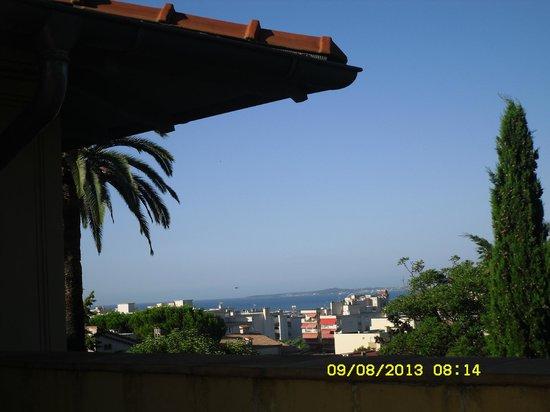 Chambres D 'Hotes Serenita Di Giacometti: Un fantastico panorama in terrazzo per la colazione