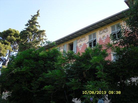 Chambres D 'Hotes Serenita Di Giacometti: Il Bed & Breakfast immerso nel verde