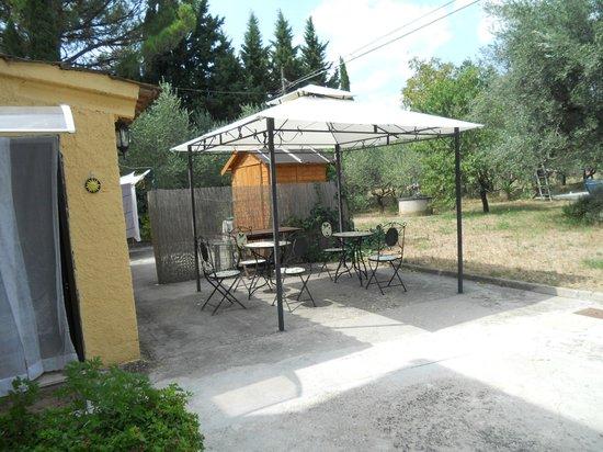 Al Giardino degli Ulivi: Gazebo colazione