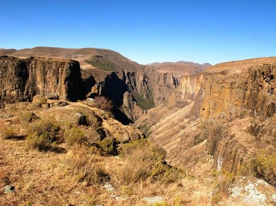Semonkong Lodge: Beautiful canyon in the area