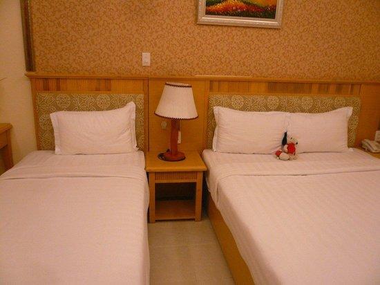 Silverland Inn Hotel: Hotel room