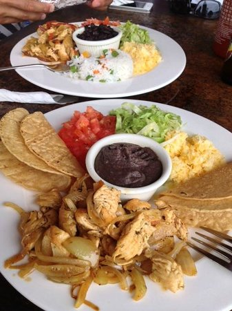 Cafe Agua Azul: The chicken fajitas and chicken tacos, both with rice and beans.