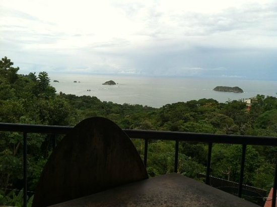 Cafe Agua Azul: Enjoy the view with your meal!