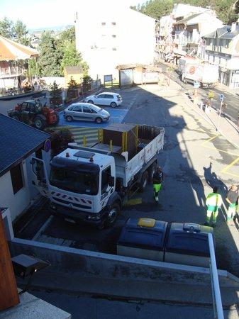 Residence Le Pic de l'Ours : vue du balcon , 7 heures du matin !