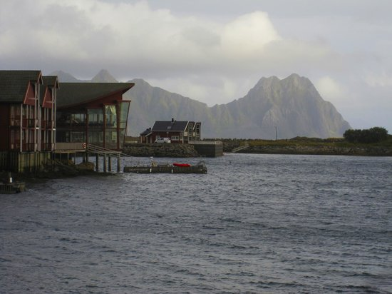 Scandic Svolvaer: The view of the Rica Hotel from Svolvaer town