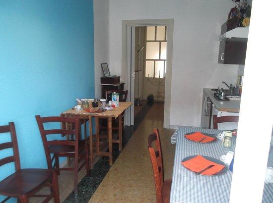 Bed & Breakfast Vespucci : kitchen