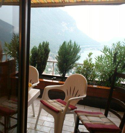 Park Hotel Rovio-Albergo del Parco: vista dalla camera