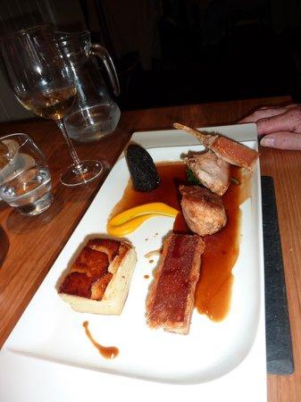 The General Tarleton Inn: The taste of suckling pig!