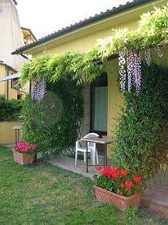 Locanda del Galluzzo : La verandina di uno degli appartamenti