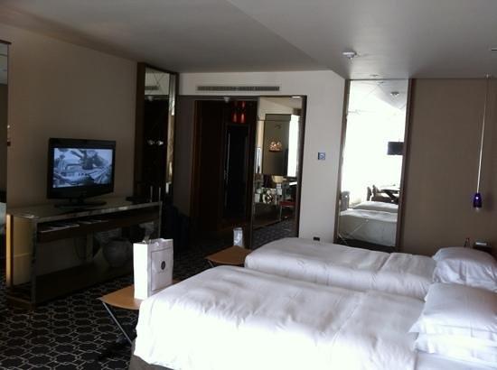 Ararat Park Hyatt Moscow: Great room