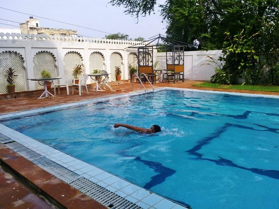 Pool Picture Of Hotel Hilltop Palace Udaipur Tripadvisor