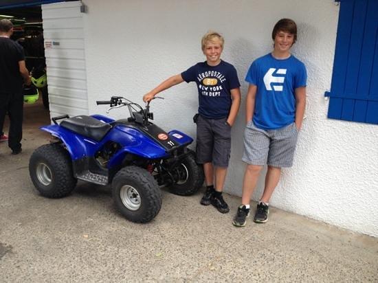 Quad du Gaillou : two happy quad bike pilots