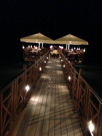 Kaizer Bridge Restaurant: Vista da principi