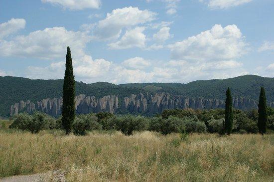 Moulin Fortune Arizzi : vue sur les Pénitents _ Les Mées