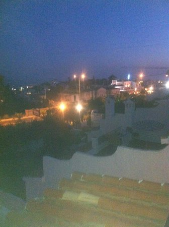 El Capistrano Villages: view at night