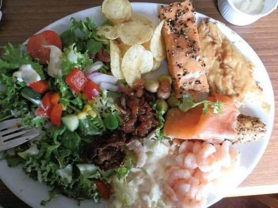 Wee Blether Tea Room: Fishy salad