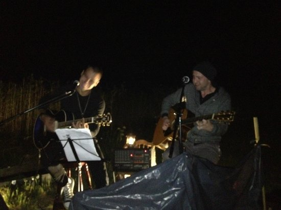 Padaste Manor: Concert on Love island (part of August '13 Full Moon Dinner)