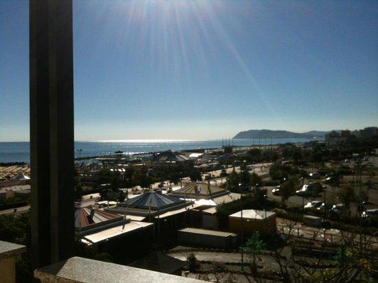 Hotel Alba Serena: Camera vista mare