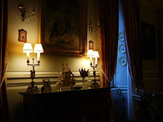 Salle à Manger du Chateau de La Montchevalleraie, chambre d'hôtes en Anjou
