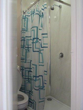 The Grapevine Hotel: Il bagno